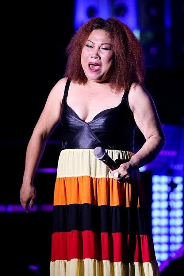 Nữ ca sĩ nặng nhất nhì Việt Nam giờ lột xác thon gọn không ngờ - Ảnh 4.