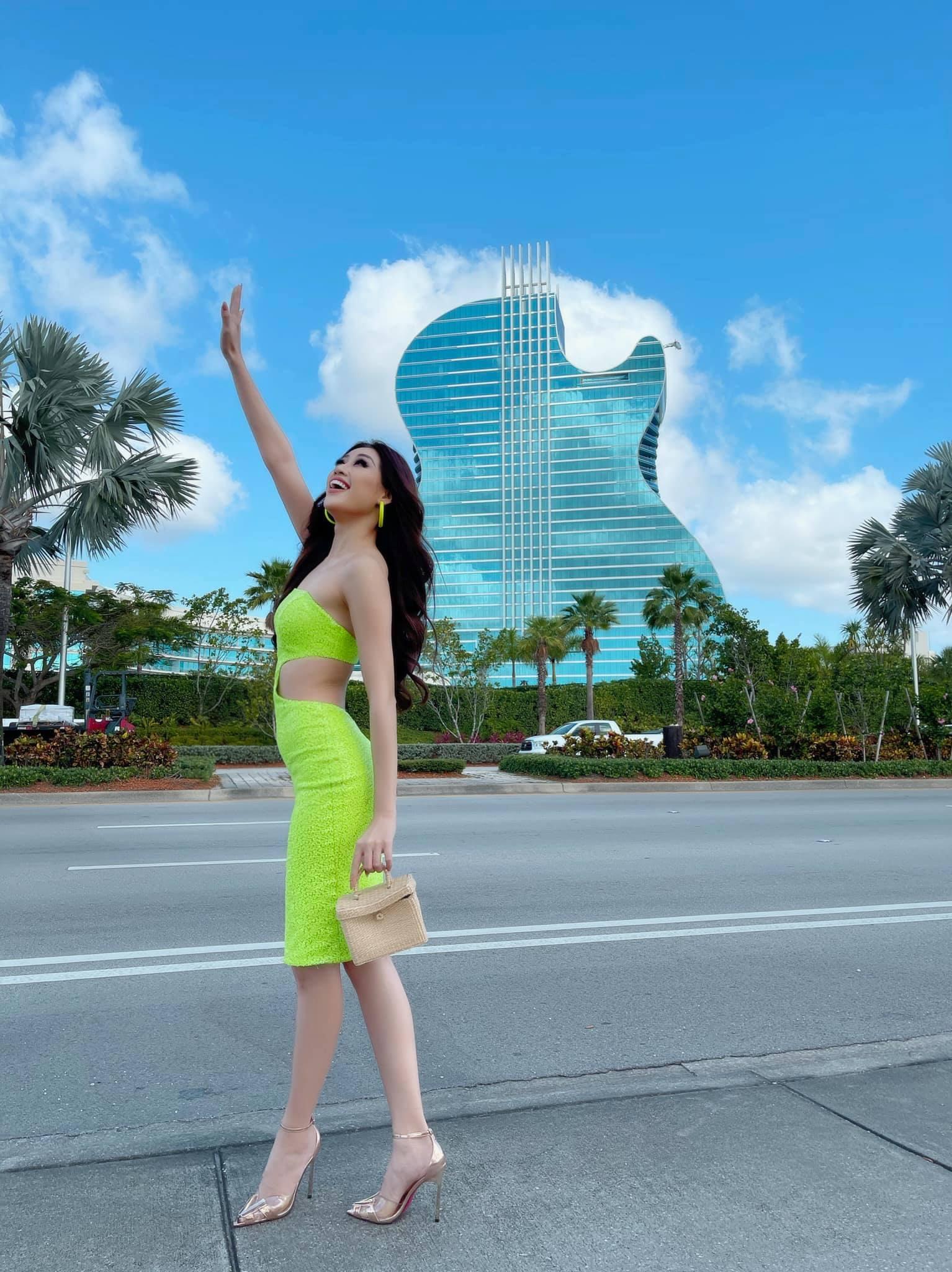 """Khánh Vân cập nhật tình hình tại Mỹ dự Miss Universe 2020:  Từ thần thái đến body """"nóng bỏng mắt"""" thế này chắc đối thủ cũng phải dè chừng - Ảnh 5."""