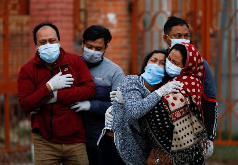 'Bão' Covid-19 tràn tới, Nepal dựng giàn thiêu tập thể - Ảnh 7.