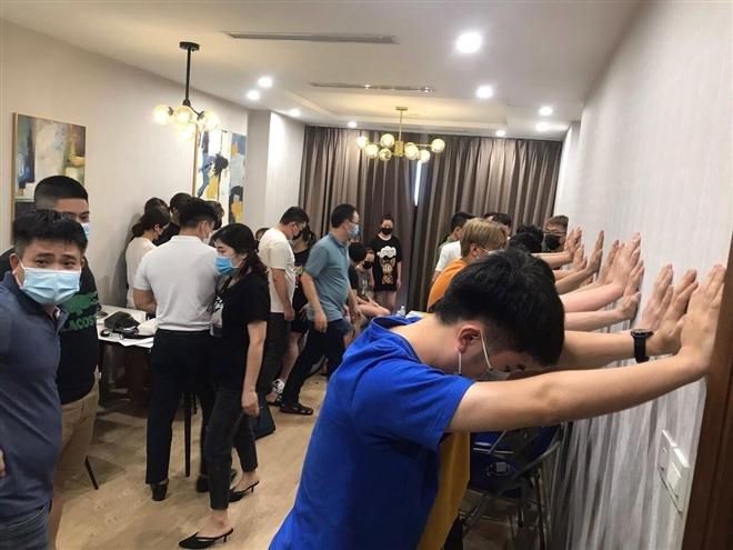 Vì sao gần 1.500 người Trung Quốc nhập cảnh trái phép vào Việt Nam? - Ảnh 1.