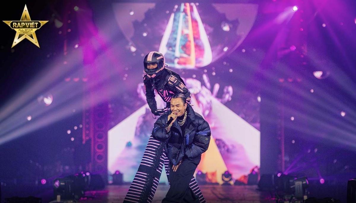 Concert 'Rap Việt All-Star' chính thức được công chiếu trên YouTube - Ảnh 4.