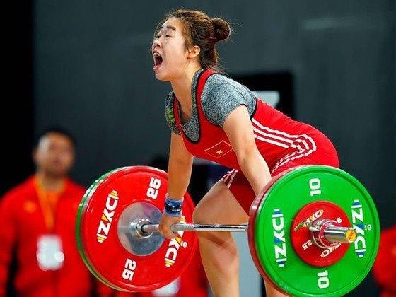 Cử tạ Việt Nam giành 3 suất tham dự Olympic Tokyo - Ảnh 1.