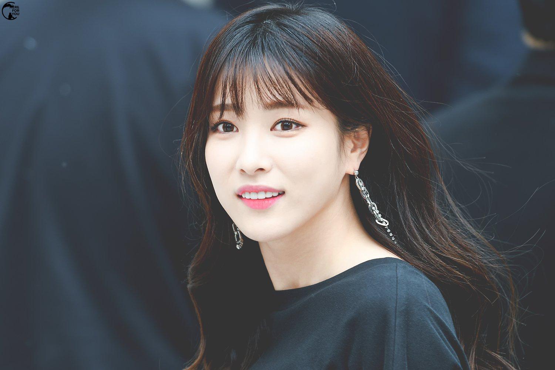 Sự nghiệp bị hủy hoại, phải làm phục vụ quán cà phê của nữ ca sĩ Hàn - Ảnh 5.