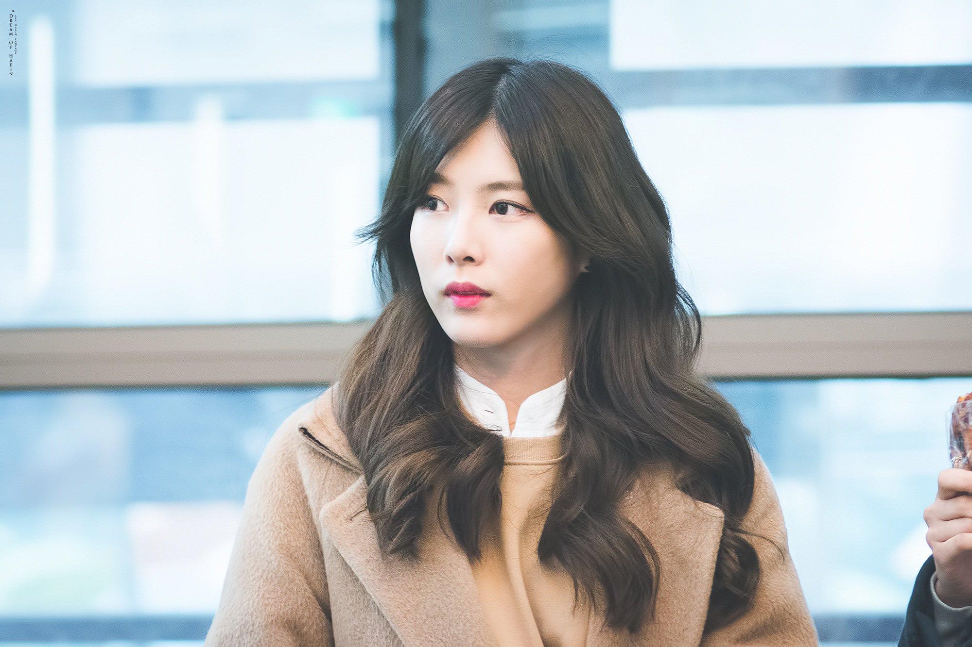 Sự nghiệp bị hủy hoại, phải làm phục vụ quán cà phê của nữ ca sĩ Hàn - Ảnh 7.