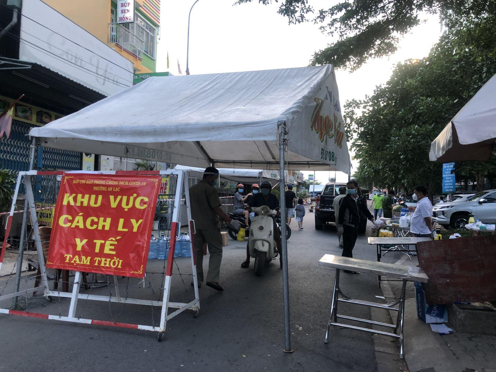 TP Hồ Chí Minh: Phong tỏa 14 block chung cư Ehome 3 với khoảng 7.600 cư dân - Ảnh 1.