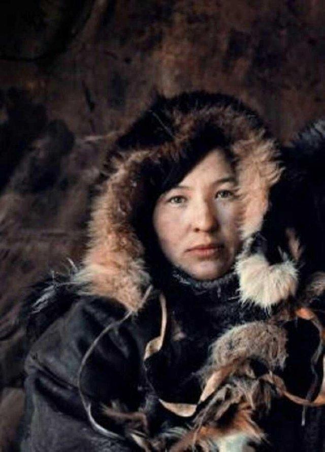 Những bộ tộc sở hữu nhiều mỹ nữ nhất thế giới - Ảnh 6.