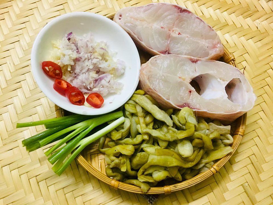 Món dọc mùng muối chua 'dai, giòn sần sật' nức tiếng ở Nghệ An - Ảnh 3.