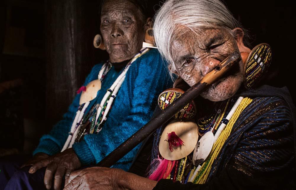 Chân dung các bộ lạc độc đáo trên thế giới - Ảnh 1.