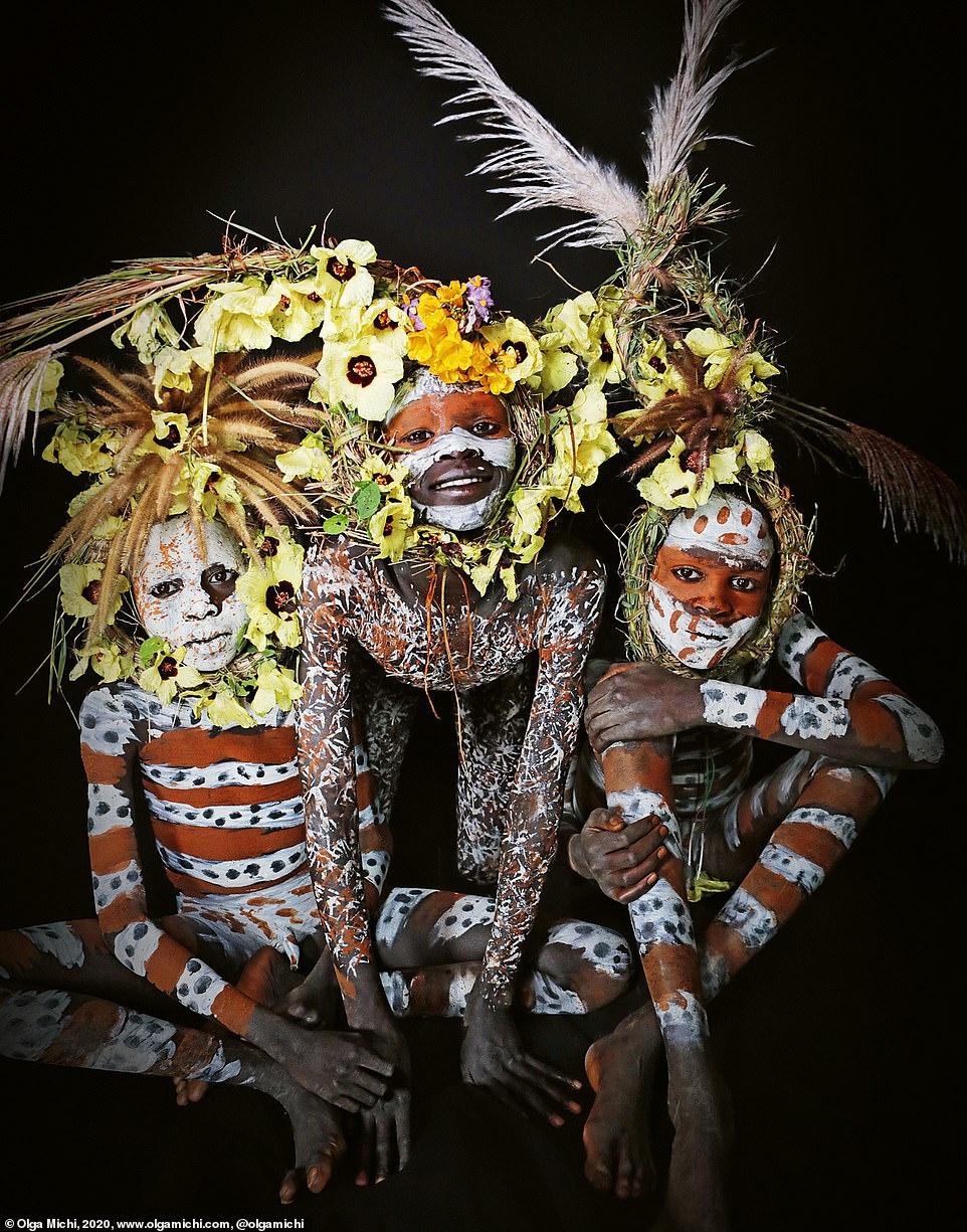 Chân dung các bộ lạc độc đáo trên thế giới - Ảnh 5.