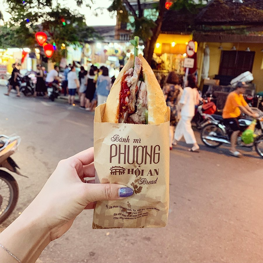 5 phiên bản bánh mì đặc sản thơm ngon của ẩm thực Việt Nam - Ảnh 4.