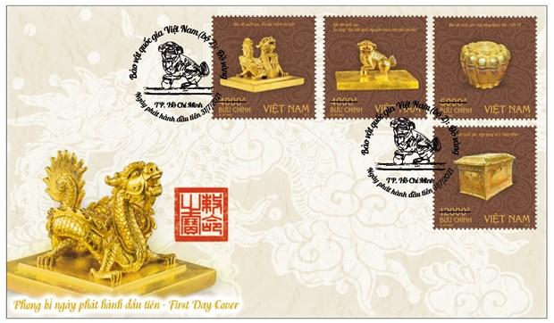 Phát hành bộ tem bảo vật quý về Phật giáo và ấn vàng thời Trần, Nguyễn - Ảnh 1.
