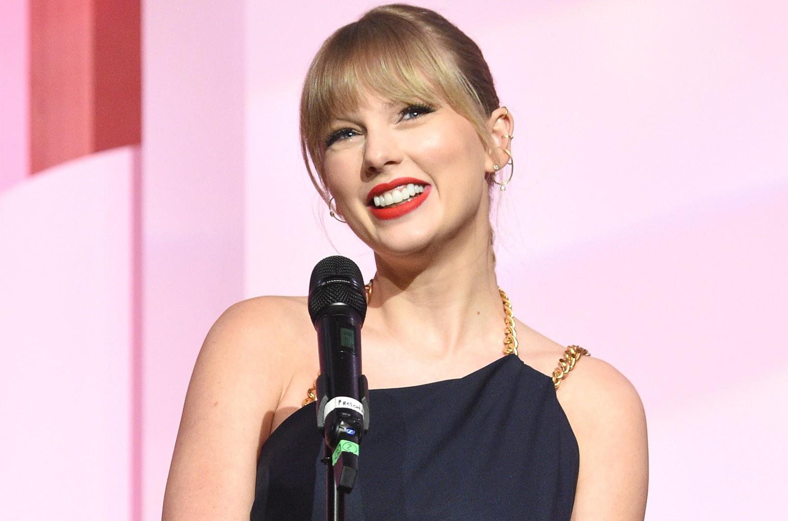 Taylor Swift đứng đầu danh sách Nhạc sĩ kiếm tiền nhiều nhất 2020 - Ảnh 1.