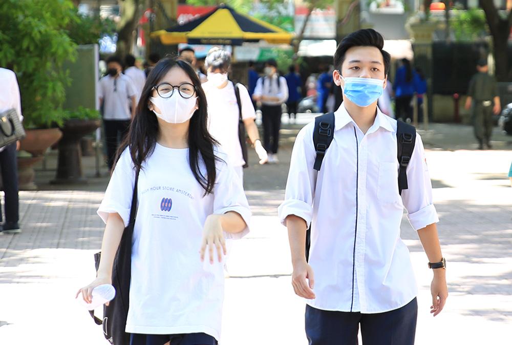 Hà Nội có số điểm 10 nhiều nhất, chiếm 9,3% của cả nước - Ảnh 1.