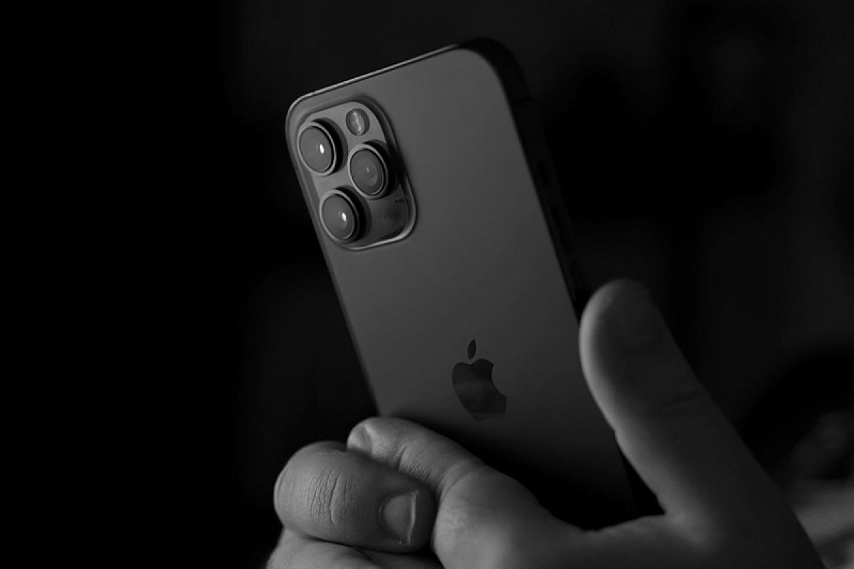 Người dùng iPhone nên cập nhật ngay iOS 14.7.1 vì lý do này - Ảnh 1.