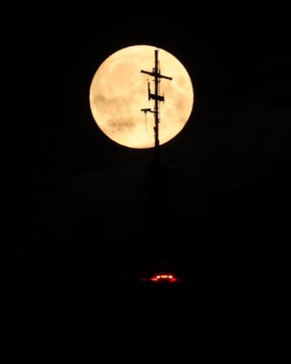 15 bức ảnh Trăng Hươu tháng 7 tuyệt đẹp trên khắp thế giới - Ảnh 9.