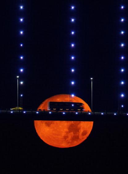 15 bức ảnh Trăng Hươu tháng 7 tuyệt đẹp trên khắp thế giới - Ảnh 13.