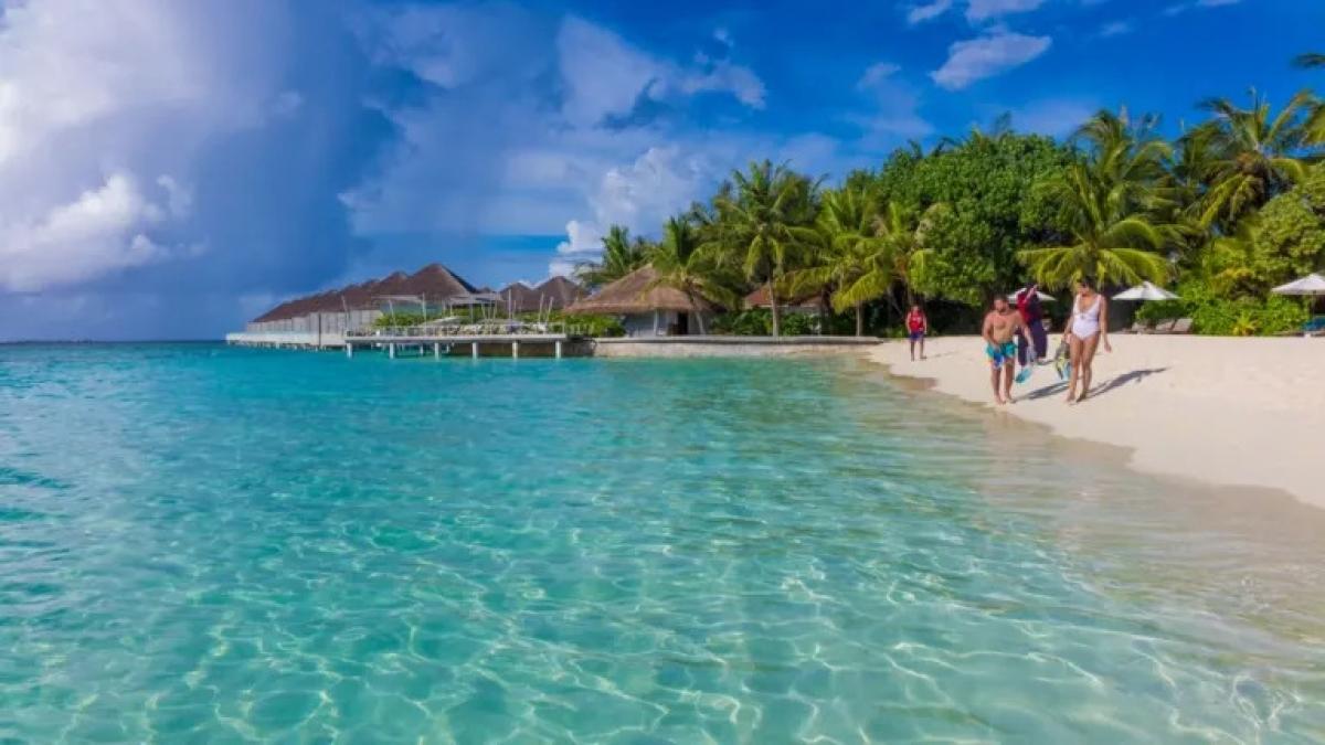 Khách du lịch Nga tăng đột biến tại Maldives - Ảnh 2.