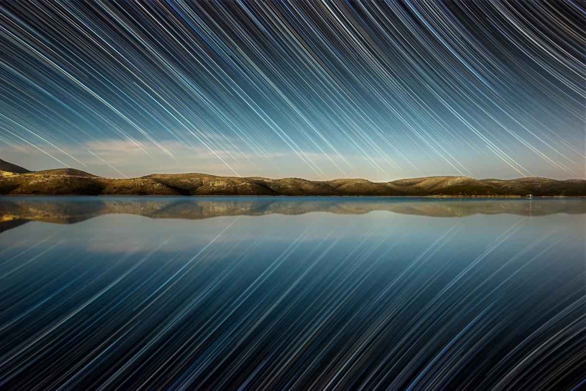 Những hình ảnh ấn tượng khiến chúng ta trầm trồ về vẻ đẹp của vũ trụ - Ảnh 10.