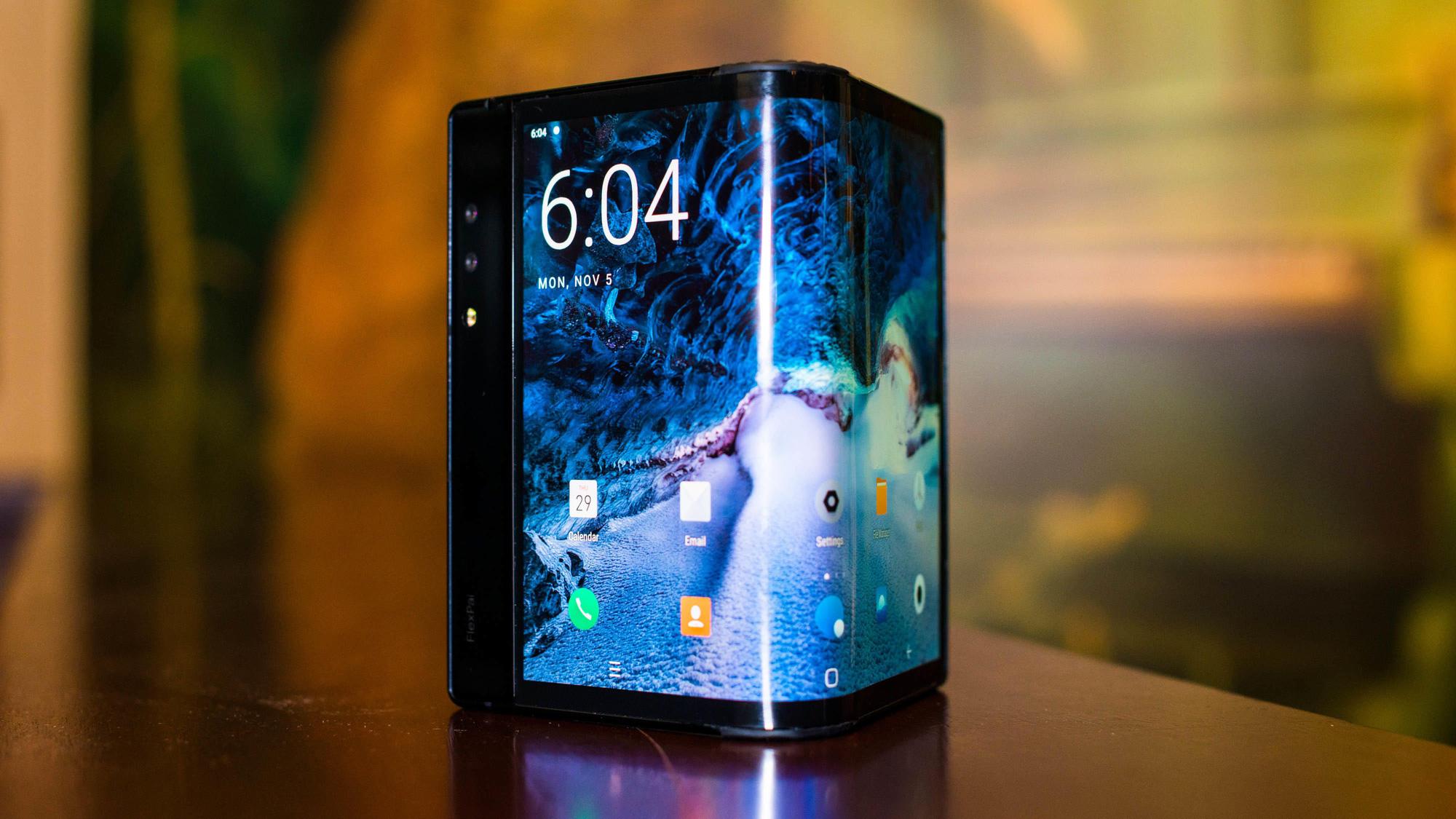 Những smartphone có thiết kế độc đáo nhất từ trước đến nay - Ảnh 10.