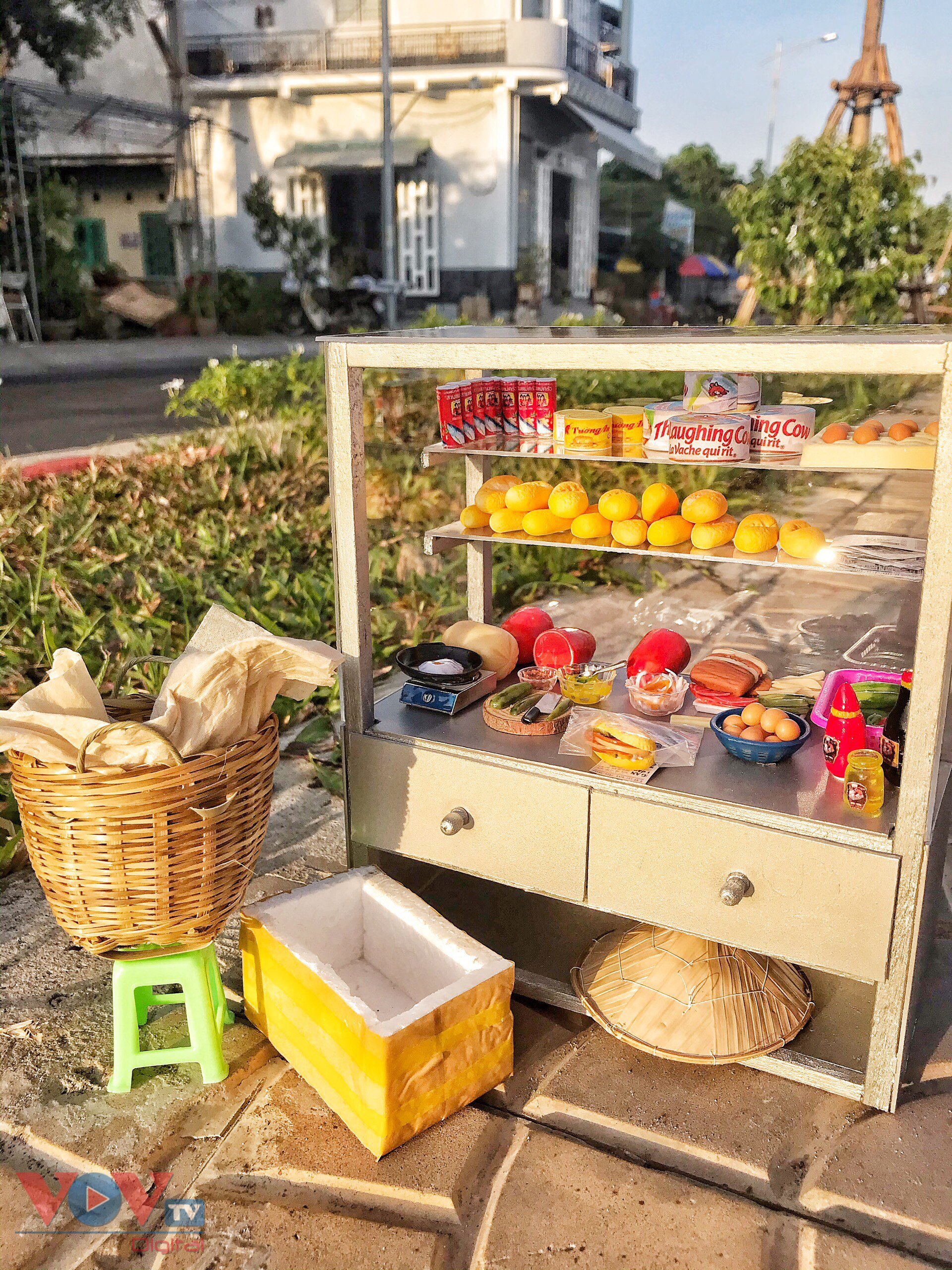 Xe bán bánh mì là một trong những mô hình đánh dấu sự đổi thay, khéo léo trên con đương lập nghiệp của chị Thanh Thảo