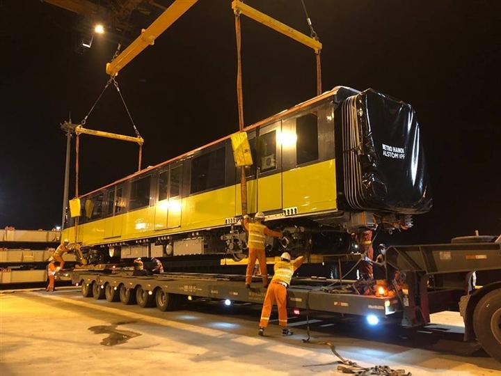 Đoàn tàu thứ 9 dự án đường sắt Nhổn - ga Hà Nội về Việt Nam - Ảnh 2.