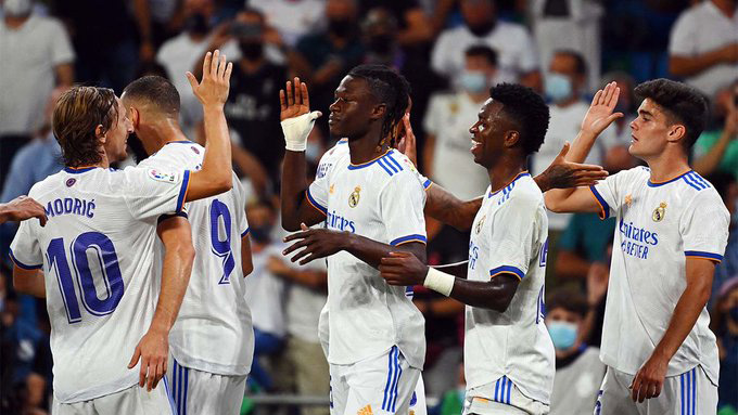Kết quả Real Madrid 5-2 Celta Vigo: Chào sân mới Bernabeu hoành tráng - Ảnh 2.