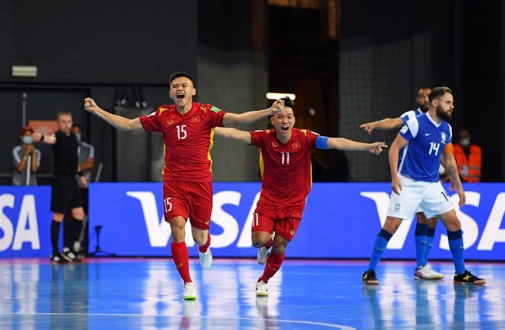 World Cup futsal 2021: Tuyển Việt Nam ghi bàn vẫn thua đậm Brazil - Ảnh 2.