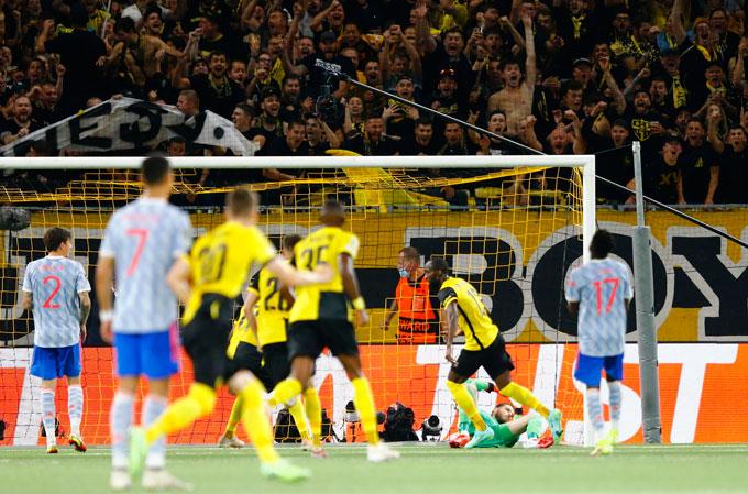 Kết quả Young Boys 2-1 Man United: Ronaldo ghi bàn, MU vẫn thua đau - Ảnh 3.