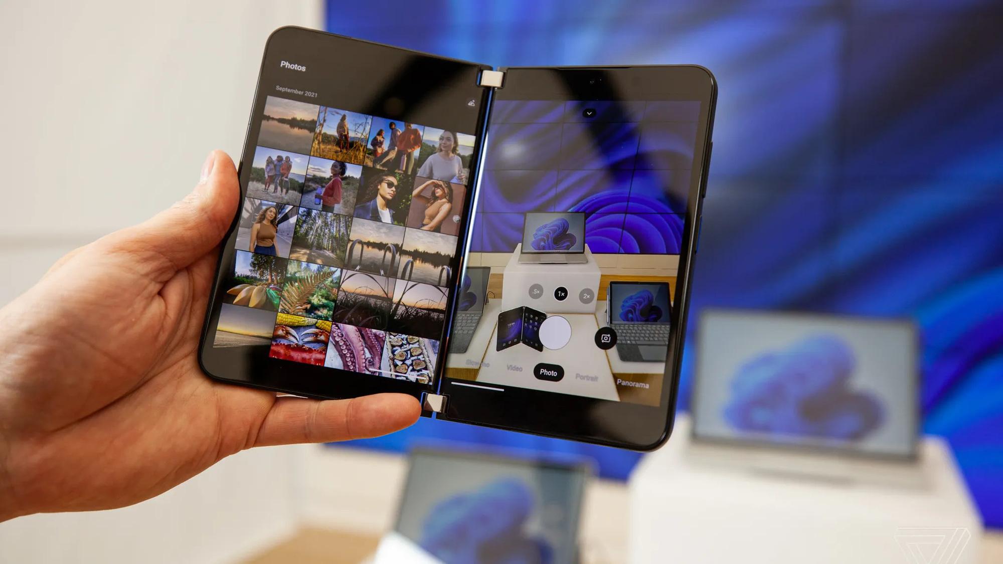 Cận cảnh Surface Duo 2 - Smartphone 2 màn hình giá 1.500 USD của Microsoft - Ảnh 6.