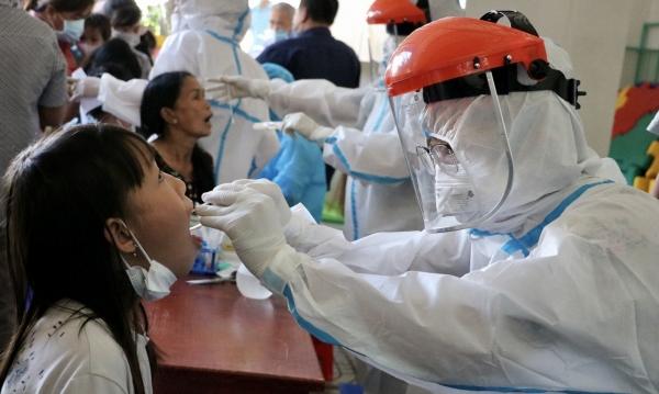 Bà Rịa - Vũng Tàu liên tục thay đổi giá test kháng nguyên SARS-CoV-2 - Ảnh 1.