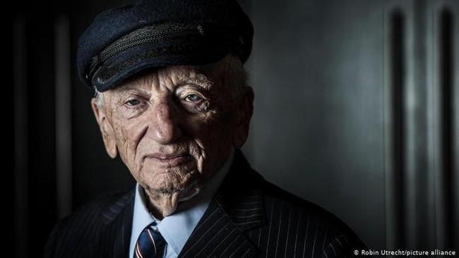 75 năm phiên tòa Nuremberg, công tố viên cuối cùng còn sống vẫn không ngừng truyền tải thông điệp hòa bình - Ảnh 1.