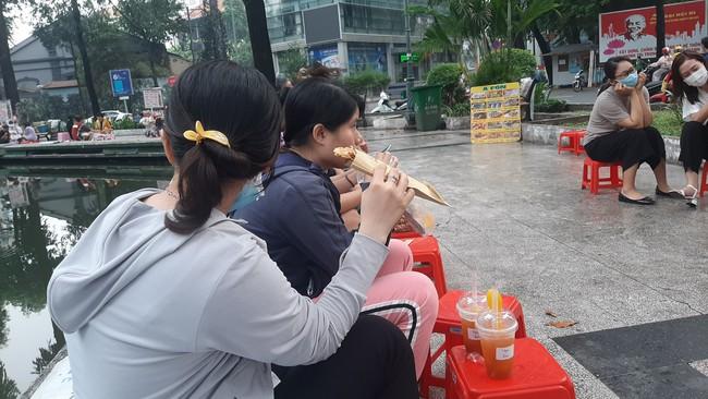 """Bánh tráng nướng - """"Pizza đường phố"""" Sài Gòn - Ảnh 6."""