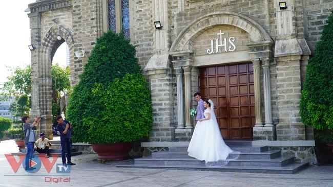 Thăm ngôi nhà thờ Chánh Tòa hơn 90 năm tuổi ở Nha Trang  - Ảnh 3.