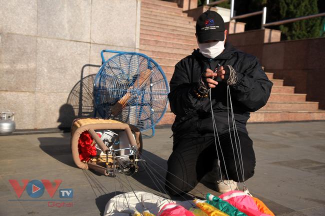 Chùm ảnh: Khinh khí cầu cất cánh trên bầu trời Lai Châu - Ảnh 7.