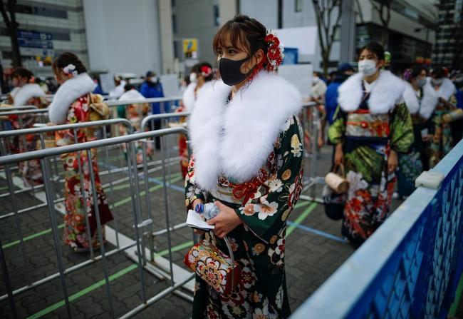 Ngày duy nhất trong năm kimono ngày lễ của phụ nữ chưa chồng đồng loạt hiện diện trên khắp Nhật Bản  - Ảnh 3.