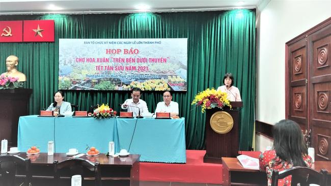 Đặc sắc chợ hoa xuân bến Bình Đông dịp Tết Tân Sửu 2021 - Ảnh 2.