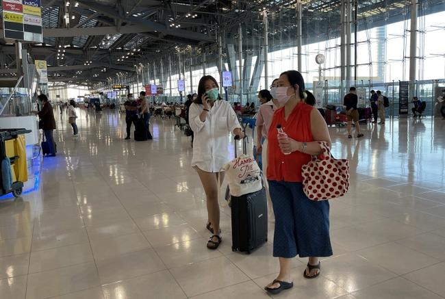 Thái Lan: Những nguy cơ tiềm tàng khi mở cửa sớm - Ảnh 1.