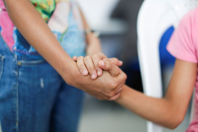 Argentina bắt đầu tiêm vaccine cho trẻ 3-11 tuổi - Ảnh 1.