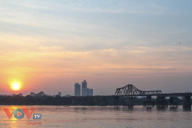 Ngắm những công trình gắn liền với 67 năm ngày Giải phóng Thủ đô - Ảnh 1.