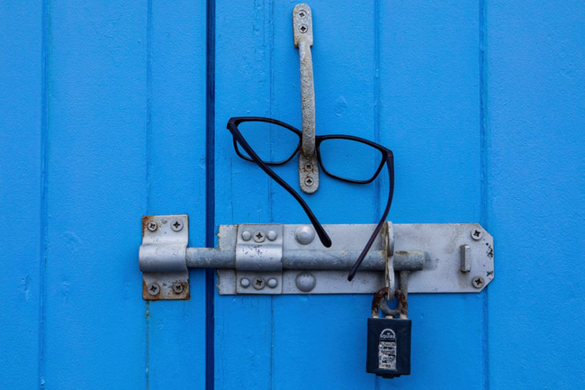 Nhiếp ảnh gia chụp hơn 400 ổ khóa trong mùa dịch - Ảnh 6.