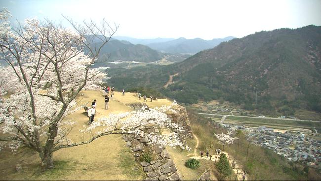 """Những điểm đến tuyệt đẹp trong """"12 Nét Đẹp Vùng Kansai Nhật Bản""""  - Ảnh 31."""