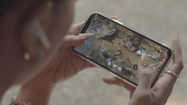 Kết hợp cùng Liên Quân, kiều nữ làng hài Nam Thư tái xuất mảng điện ảnh với bộ phim hài bom tấn - Ảnh 3.