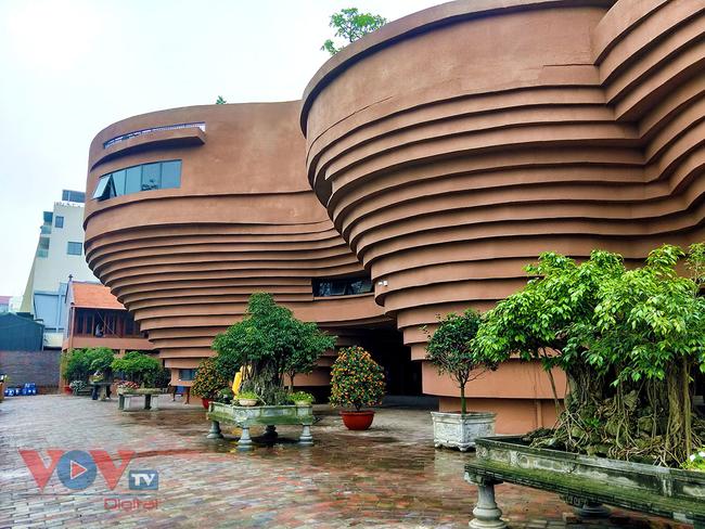 Người dân Thủ đô 'phát sốt' với bảo tàng gốm Bát Tràng 150 tỷ đồng - Ảnh 3.