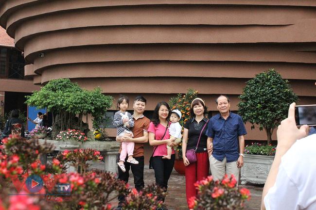 Người dân Thủ đô 'phát sốt' với bảo tàng gốm Bát Tràng 150 tỷ đồng - Ảnh 12.