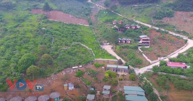 Cần siết chặt công tác quản lý đất đai, xây dựng trên địa bàn huyện Mộc Châu - Ảnh 1.