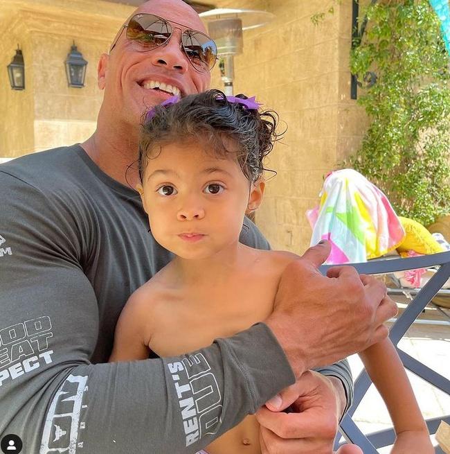 Con gái The Rock là fan của 'Aquaman' Jason Momoa - Ảnh 1.