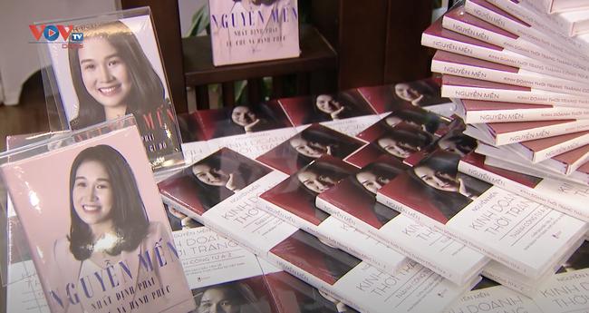 """Ra mắt cuốn sách : """"Kinh doanh thời trang thành công từ A-Z"""" – Cẩm nang kinh doanh hữu ích cho giới trẻ - Ảnh 1."""