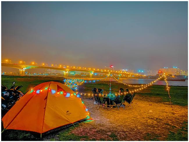Những địa điểm ngắm trọn hoàng hôn ở Hà Nội - Ảnh 4.