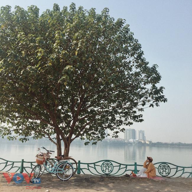 Những địa điểm ngắm hoàng hôn cực 'chill' ở Hà Nội - Ảnh 2.