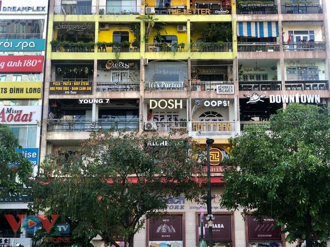Những mặt tiền 'sống ảo' giới trẻ không thể bỏ qua khi ghé Sài Gòn - Ảnh 2.